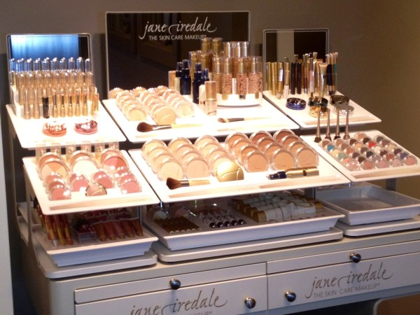 Jane Iredale Makeup Setup